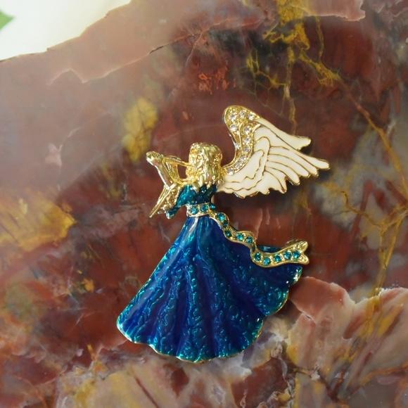 fe91cfe68 Jewelry | Beautiful Guardian Angel Pin Brooch Christmas Gift | Poshmark